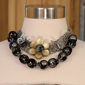 Jewelry - *2 for 20* Black and silver Statement Necklace